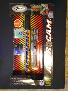 Speed Freak Tracking Flying Model Rocket Starter Set