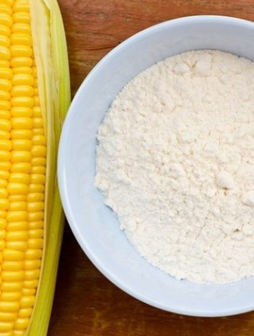 Cornstarch To Help Keep Baby's Skin Smooth And Dry